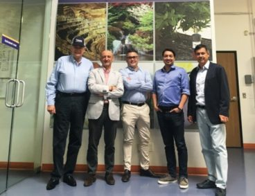 The Consul of Spain in Los Angeles visits AGQ Labs