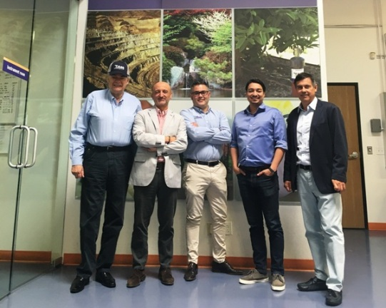 Spanish Consul visits AGQ Labs